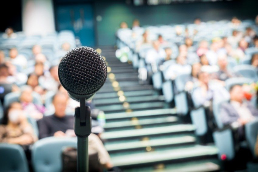 how-to-become-a-public-speaker